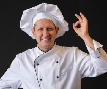 Uniforme para cozinheiro: descubra tudo que você precisa